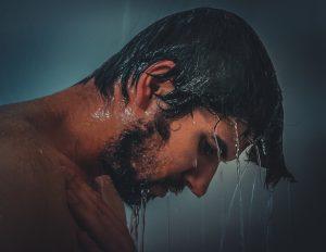 ALUSEB® Shampoo Doccia: detergente efficace contro la dermatite seborroica